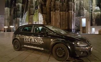 Auto vom Wachdienst Luchs auf Nachtwache